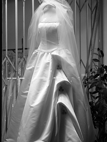 Wedding dress store (San Fernando Valley).web